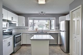 Photo 17: 96 Glenbrook Villas SW in Calgary: Glenbrook Row/Townhouse for sale : MLS®# A1072374