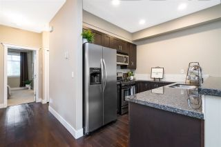 """Photo 7: 41 15454 32 Avenue in Surrey: Grandview Surrey Townhouse for sale in """"Nuvo"""" (South Surrey White Rock)  : MLS®# R2540760"""