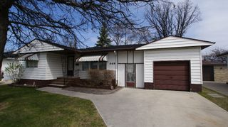 Photo 1: 325 Dunbeath Avenue in Winnipeg: North Kildonan Residential for sale (North East Winnipeg)  : MLS®# 1207381