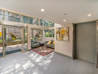 """Photo 43: 307 1502 ISLAND PARK Walk in Vancouver: False Creek Condo for sale in """"The Lagoons"""" (Vancouver West)  : MLS®# R2606940"""