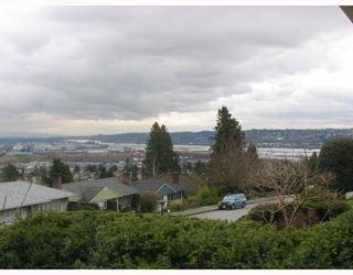 Photo 10: 7749 ELFORD Street in Burnaby: The Crest House for sale (Burnaby East)  : MLS®# V759714