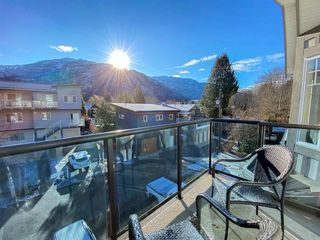 Photo 1: 38030 SEVENTH Avenue in Squamish: Downtown SQ Multifamily for sale : MLS®# R2512550