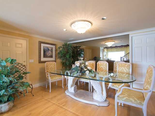 "Photo 12: Photos: 8015 PASCO Road in West Vancouver: Howe Sound House for sale in ""PASCO ESTATES"" : MLS®# V1099779"