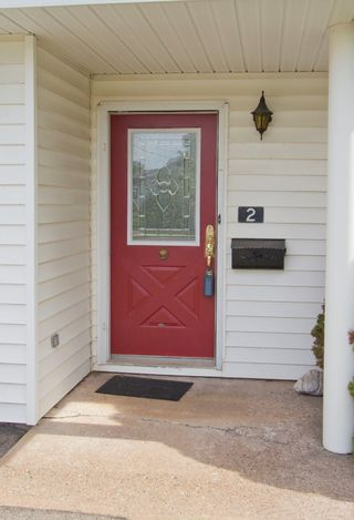 Photo 3: 2 Smith Lane: Sackville House for sale : MLS®# M106840