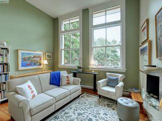 Photo 2: 306 120 Douglas St in VICTORIA: Vi James Bay Condo for sale (Victoria)  : MLS®# 807666