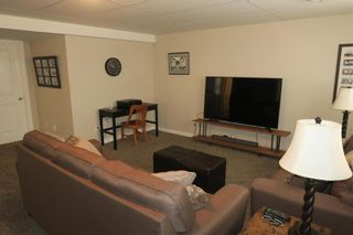 Photo 19: 46 Lilac Street in Mitchell: R16 Residential for sale : MLS®# 202028697