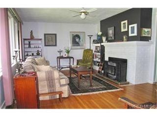 Photo 3:  in VICTORIA: Vi Mayfair House for sale (Victoria)  : MLS®# 431350