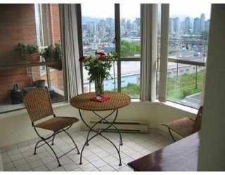 """Photo 4: 807 2201 PINE ST in Vancouver: Fairview VW Condo for sale in """"MERIDIAN COVE"""" (Vancouver West)  : MLS®# V542413"""