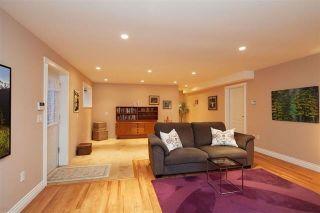 "Photo 17: 1136 SPRICE Avenue in Coquitlam: Central Coquitlam House for sale in ""COMO LAKE, CENTRAL COQUITLAM"" : MLS®# R2201084"