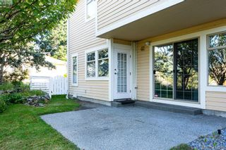 Photo 17: 18 909 Admirals Rd in VICTORIA: Es Esquimalt Row/Townhouse for sale (Esquimalt)  : MLS®# 817681