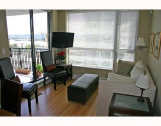 """Photo 5: 1006 833 AGNES Street in New_Westminster: Downtown NW Condo for sale in """"THE NEWS"""" (New Westminster)  : MLS®# V759639"""