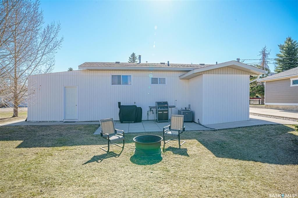 Photo 36: Photos: 207 Islay Street in Colonsay: Residential for sale : MLS®# SK851603