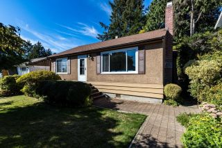 Photo 1: 428 W 28TH Street in North Vancouver: Upper Lonsdale House for sale : MLS®# R2616370