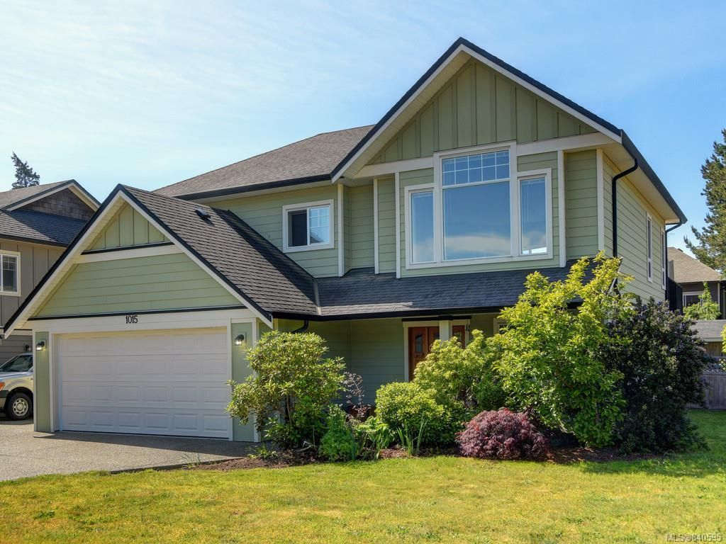 Main Photo: 1015 Englewood Ave in Langford: La Happy Valley House for sale : MLS®# 840595
