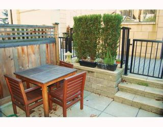 """Photo 10: 906 W 13TH Avenue in Vancouver: Fairview VW Townhouse for sale in """"THE BROWNSTONE"""" (Vancouver West)  : MLS®# V812417"""