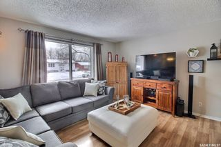 Photo 3: 346 MacArthur Drive in Prince Albert: Westview PA Residential for sale : MLS®# SK847034