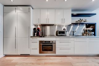 """Photo 2: 503 36 WATER Street in Vancouver: Downtown VW Condo for sale in """"TERMINUS"""" (Vancouver West)  : MLS®# R2545445"""
