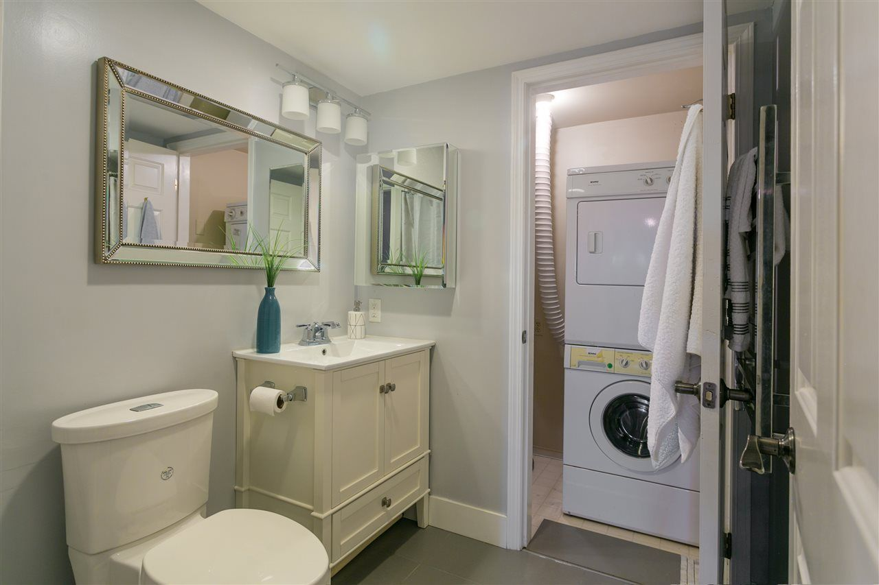 """Photo 13: Photos: 106 2428 W 1ST Avenue in Vancouver: Kitsilano Condo for sale in """"Noble House"""" (Vancouver West)  : MLS®# R2212887"""