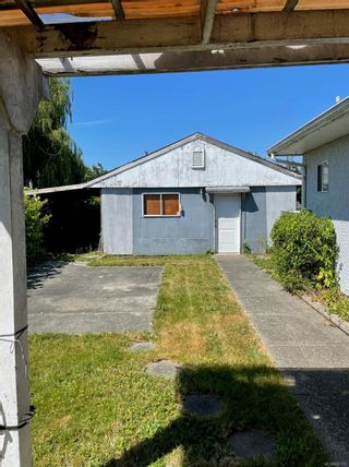 Photo 2: 1710 15th Ave in : CR Campbellton House for sale (Campbell River)  : MLS®# 881792