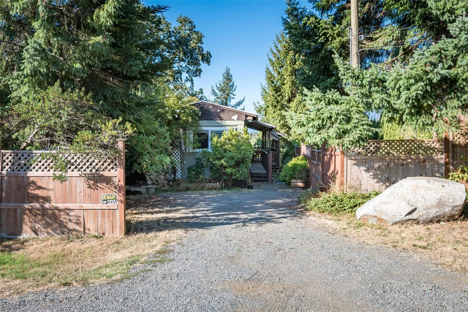 Main Photo: 4649 McQuillan Rd in : CV Courtenay East Manufactured Home for sale (Comox Valley)  : MLS®# 885887