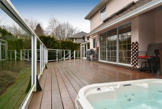 "Photo 19: 1959 OCEAN WIND Drive in Surrey: Crescent Bch Ocean Pk. House for sale in ""Trillium - Ocean Park"" (South Surrey White Rock)  : MLS®# R2031725"