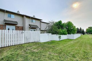 Photo 21: 19 64 Whitnel Court NE in Calgary: Whitehorn Row/Townhouse for sale : MLS®# A1136758