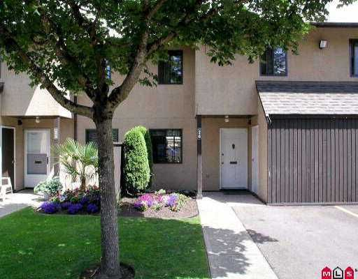 "Main Photo: 26 20307 53RD AV in Langley: Langley City Townhouse for sale in ""MCMILLAN PLACE"" : MLS®# F2514301"