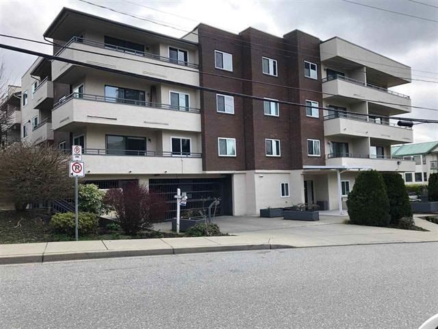 """Main Photo: 209 2684 MCCALLUM Road in Abbotsford: Central Abbotsford Condo for sale in """"Ridgeview Place"""" : MLS®# R2585211"""
