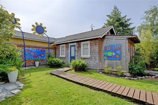 Photo 28: 235 Howe St in : Vi Fairfield West House for sale (Victoria)  : MLS®# 796825