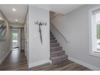 """Photo 6: 20 4295 OLD CLAYBURN Road in Abbotsford: Abbotsford East House for sale in """"SUNSPRING ESTATES"""" : MLS®# R2533947"""