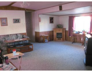 """Photo 2: 82 1000 INVERNESS Drive in Prince_George: Aberdeen Manufactured Home for sale in """"ABERDEEN"""" (PG City North (Zone 73))  : MLS®# N191469"""