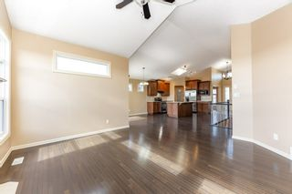 Photo 17: 918 CHAHLEY Crescent in Edmonton: Zone 20 House for sale : MLS®# E4237518