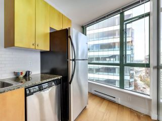 """Photo 8: 1304 1238 BURRARD Street in Vancouver: Downtown VW Condo for sale in """"ALTADENA"""" (Vancouver West)  : MLS®# R2620701"""