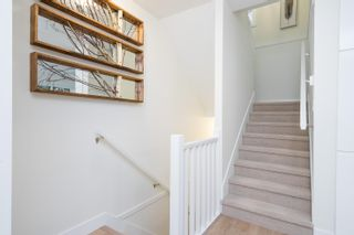 """Photo 9: 10 1670 160 Street in Surrey: King George Corridor Townhouse for sale in """"Isola"""" (South Surrey White Rock)  : MLS®# R2624791"""