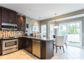 """Photo 3: 3 20750 TELEGRAPH Trail in Langley: Walnut Grove Townhouse for sale in """"Heritage Glen"""" : MLS®# R2544505"""