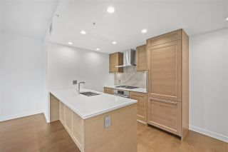 "Photo 2: 404 5629 BIRNEY Avenue in Vancouver: University VW Condo for sale in ""Ivy on The Park"" (Vancouver West)  : MLS®# R2555902"