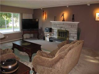 Photo 3: 615 CUMBERLAND Street in New Westminster: The Heights NW House for sale : MLS®# V1032577