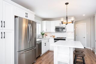 Photo 6: 27 Sheffield Way in Niverville: Fifth Avenue Estates House for sale (R07)  : MLS®# 202103423