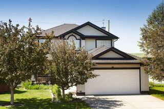 Photo 2: 127 Fairways Drive NW: Airdrie Detached for sale : MLS®# A1123412