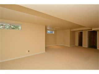 Photo 34: 610 EDGEBANK Place NW in Calgary: Edgemont House for sale : MLS®# C4110946