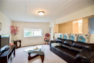 Photo 3: 145 480 AUGIER Avenue in Winnipeg: St Charles Residential for sale (5G)  : MLS®# 1826315