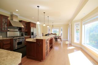 Photo 7: 2323 138 Street in Surrey: Elgin Chantrell House for sale (South Surrey White Rock)  : MLS®# R2574077