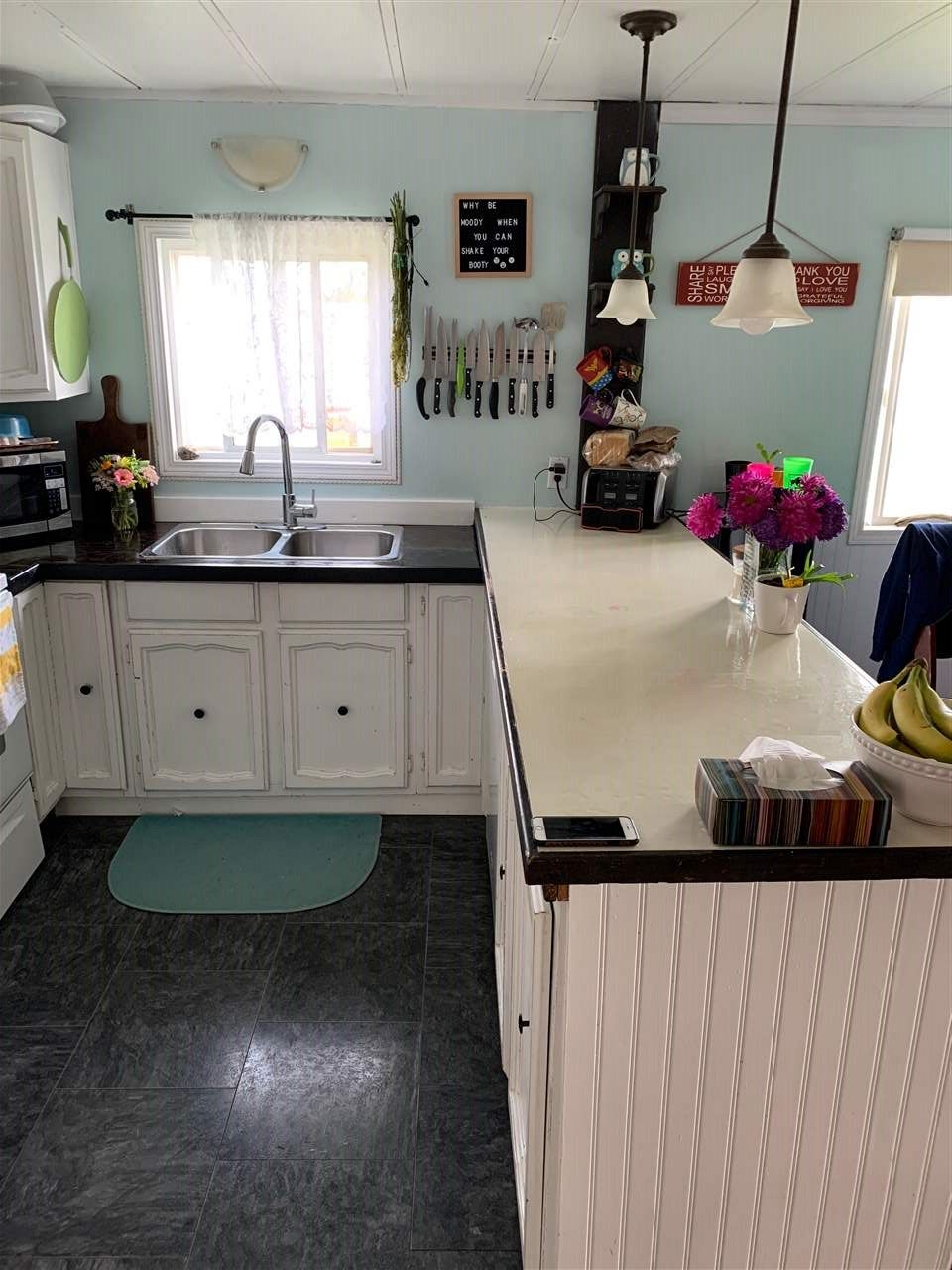 """Photo 4: Photos: 78 8420 ALASKA Road in Fort St. John: Fort St. John - City SE Manufactured Home for sale in """"PEACE COUNTRY"""" (Fort St. John (Zone 60))  : MLS®# R2495486"""