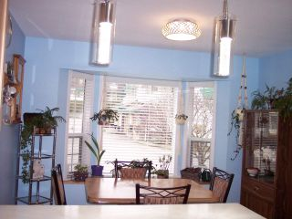 "Photo 2: 28 3115 TRAFALGAR Street in Abbotsford: Central Abbotsford Townhouse for sale in ""Cedarbrook Village"" : MLS®# R2436609"