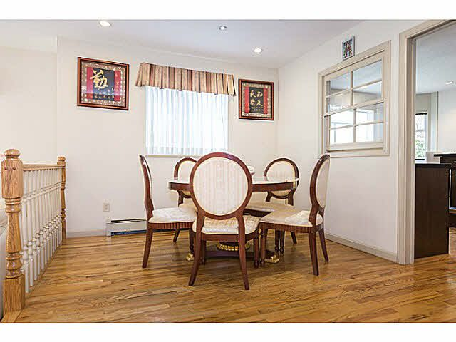 """Photo 10: Photos: 5825 MAPLE Street in Vancouver: Kerrisdale House for sale in """"KERRISDALE"""" (Vancouver West)  : MLS®# V1113298"""