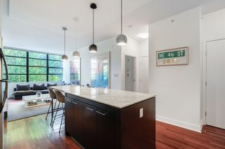 """Photo 7: 305 2828 YEW Street in Vancouver: Kitsilano Condo for sale in """"Bel-Air"""" (Vancouver West)  : MLS®# R2602736"""