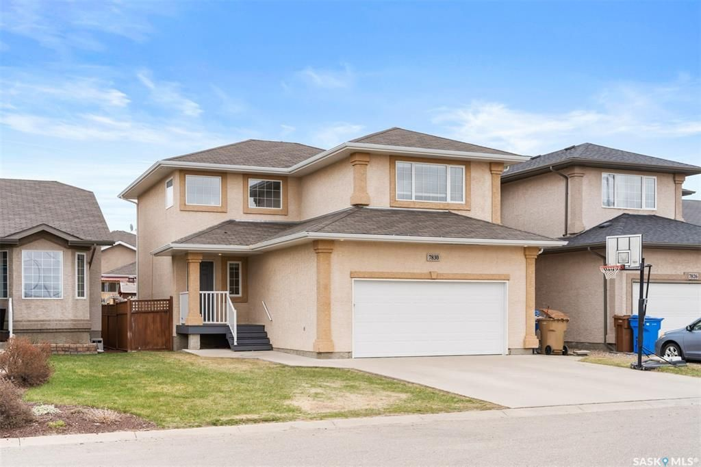 Main Photo: 7830 Sparrow Street in Regina: Fairways West Residential for sale : MLS®# SK852643
