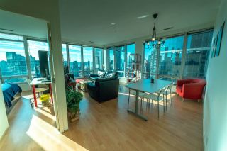 Photo 2: 1401 989 NELSON STREET in Vancouver: Downtown VW Condo for sale (Vancouver West)  : MLS®# R2305234