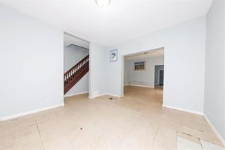 Photo 10: 427 College Avenue in Winnipeg: North End Residential for sale (4A)  : MLS®# 202110127