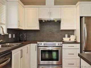 Photo 9: 201 1037 Richardson St in VICTORIA: Vi Fairfield West Condo for sale (Victoria)  : MLS®# 610474